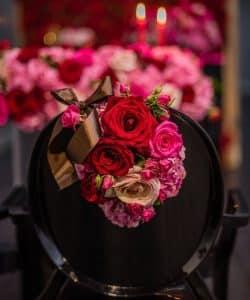 چطور یک گل را به زیبایی تزئین کنیم؟!
